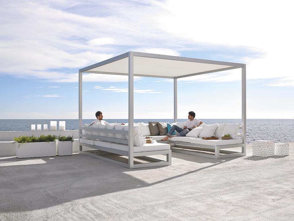 Mobiliario exterior loft interiorismo for Mobiliario exterior